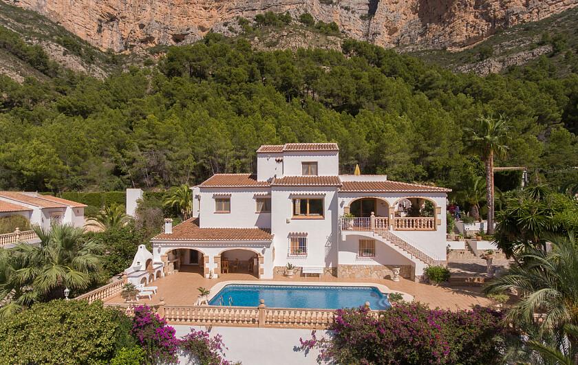 Villa familiar vendida en la zona del Montgo