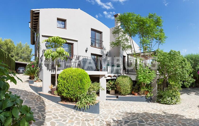 Perfectly designed Villa in peaceful location - HG Hamburg